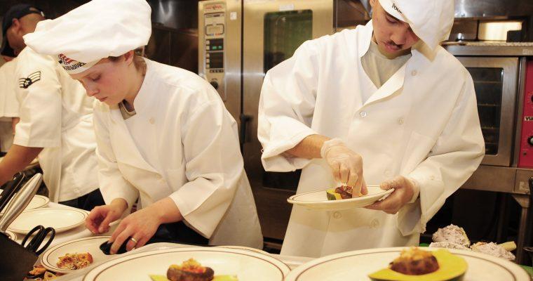 chefs-749563_1920